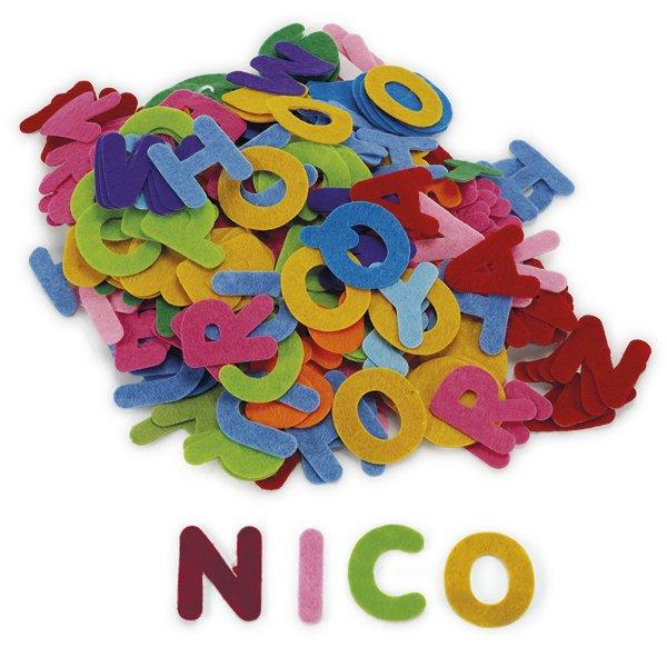 Set Groß-Buchstaben aus Filz, selbstklebend, 300-tlg.